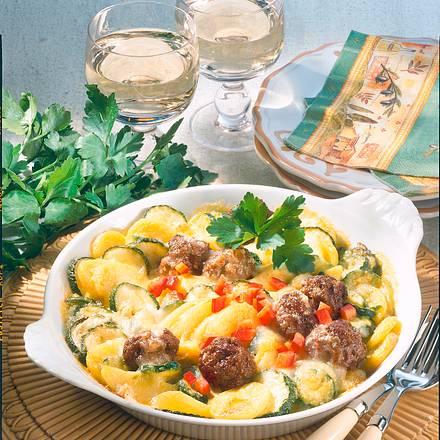 Zucchini-Kartoffel-Gratin mit Hackbällchen Rezept