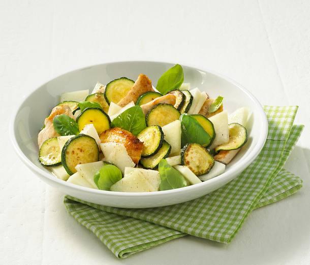 zucchini melonen salat mit putenstreifen rezept chefkoch rezepte auf kochen. Black Bedroom Furniture Sets. Home Design Ideas