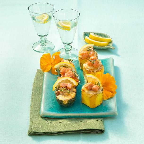 Zucchini mit Parmesan-Mandelfüllung und Lachs Rezept