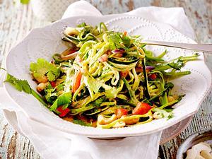 Zucchini-Nudeln in Gemüsecurry Rezept