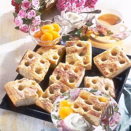 Zuckerkuchen vom Blech Rezept