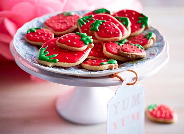 Zuckersüße Erdbeerkekse Rezept