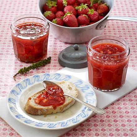 Zweierlei Erdbeer-Fruchtaufstrich Rezept