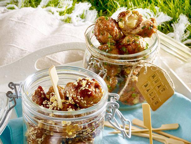 Zweierlei Meatballs im Glas Rezept