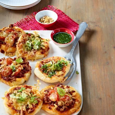 Zweierlei Minipizzas Rezept