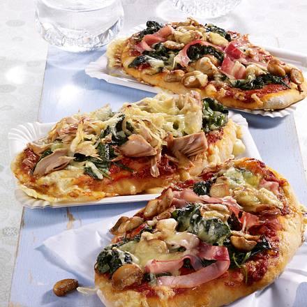 Zweierlei Pizzazungen vom Blech Rezept