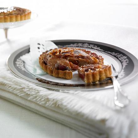 Zwetschen-Tarte mit Crème Brûlée Rezept